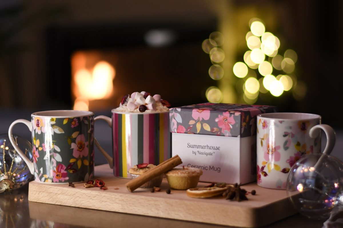 Gardenia Mugs in a Gift box