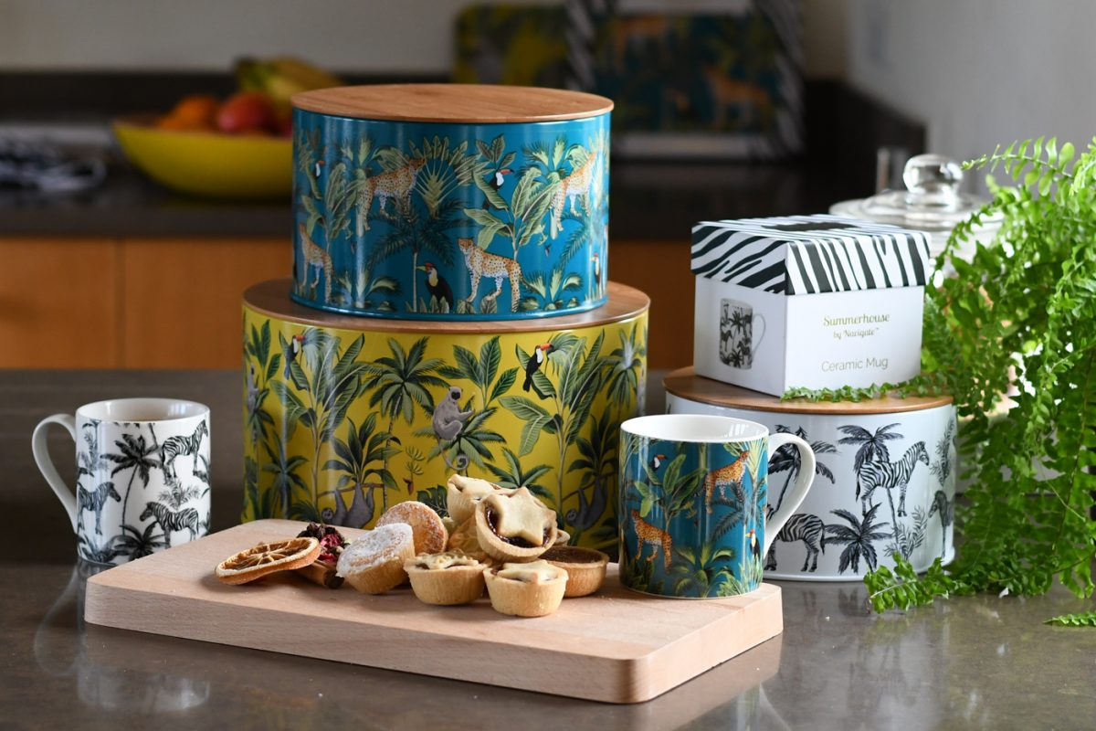 Madagascar Set of Nesting Tins.