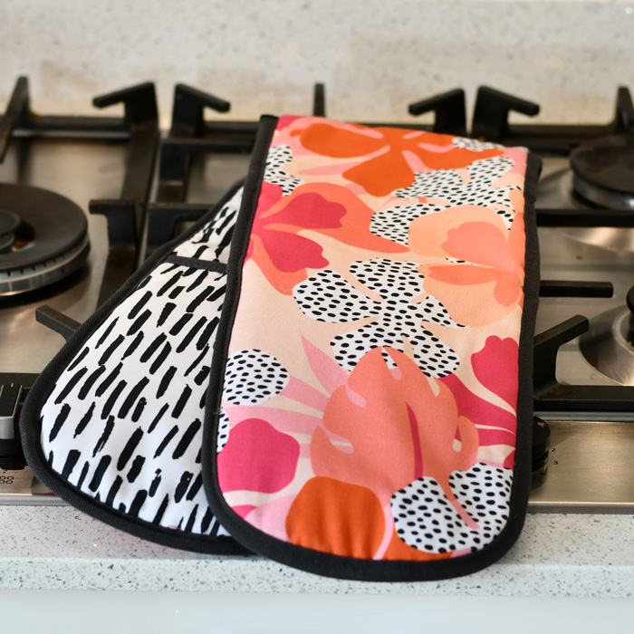 Tribal Fusion Double Oven Gloves